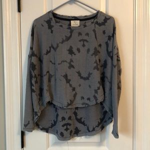 Urban outfitters high-low long sleeve
